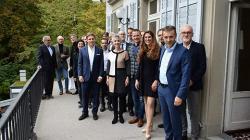 Gruppenfoto Rountable mit Regierungspräsidentin Carmen Walker Späh